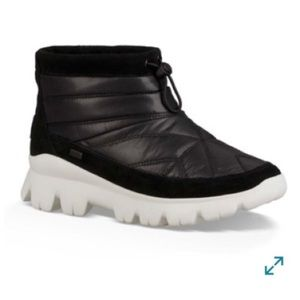 UGG Centara weatherproof quilted ankle boot